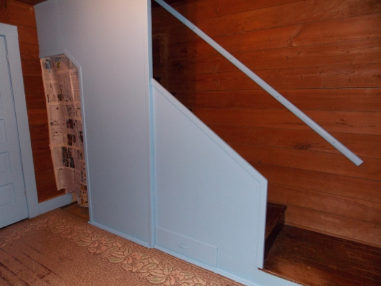 Dining room stairs: After