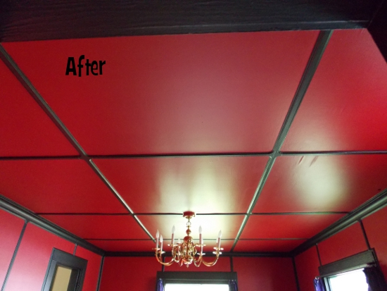 Crown molding on the ceiling - after